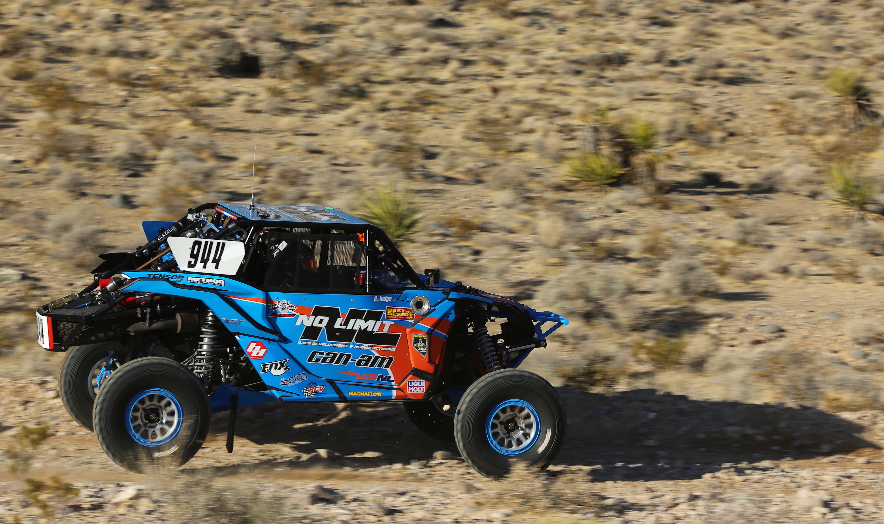 Can-Am Maverick X3 Blurton_clean-1