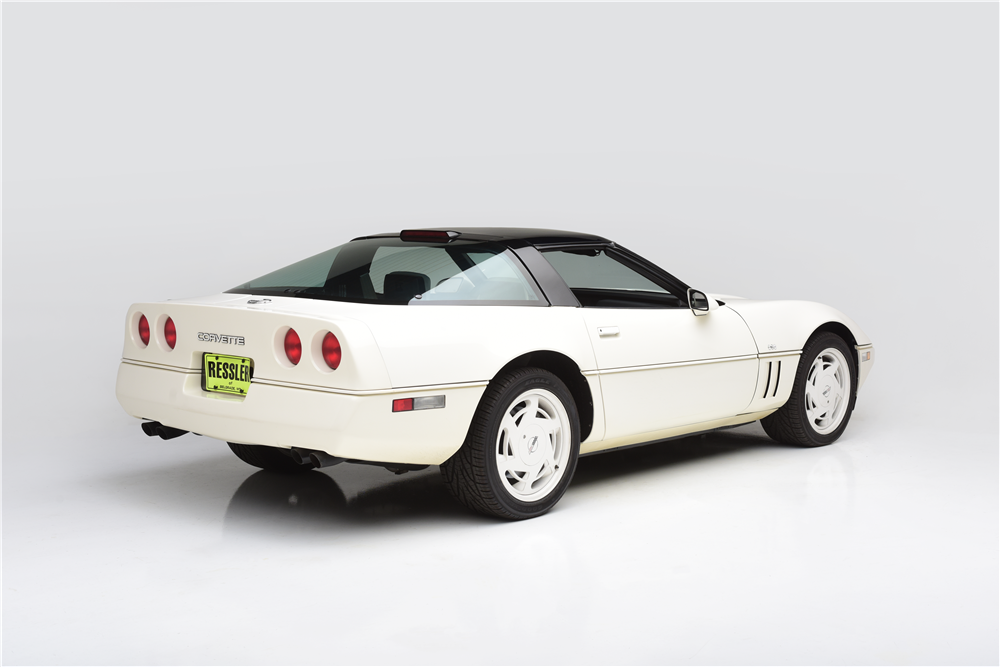 180103 Barrett-Jackson Carolyn and Craig Jackson's 1988 Corvette 35th Anniversary Edition