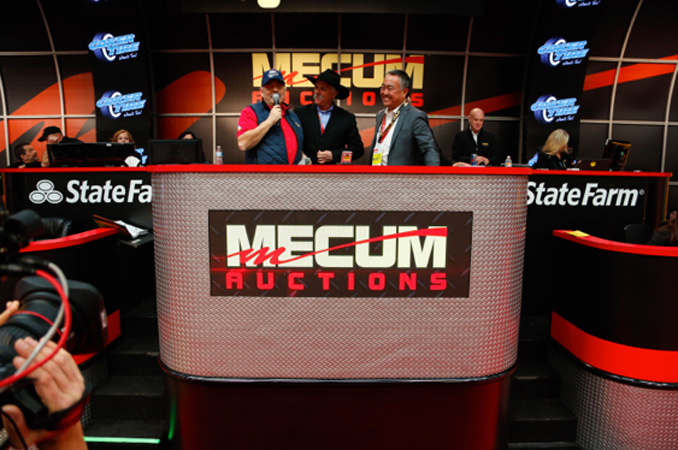 DANA-MECUM,-MECUM-AUCTIONS'-FOUNDER-AND-PRESIDENT-ANNOUNCES-SPONSORSHIP-WITH-COKER-TIRE-DURING-KISSIMMEE-2018
