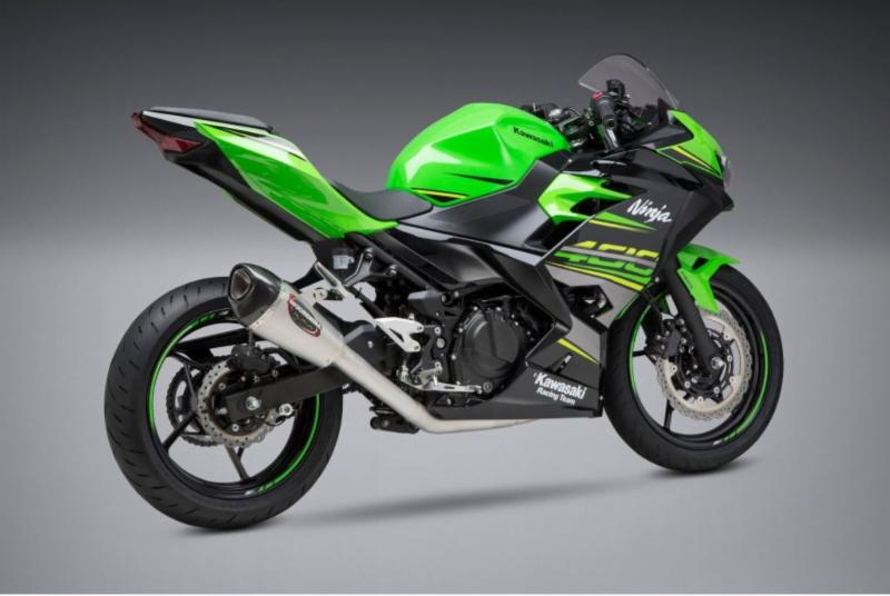 2018 Kawasaki Ninja 400 with Yoshimura Alpha T Race Series, Works Finish stainless full system