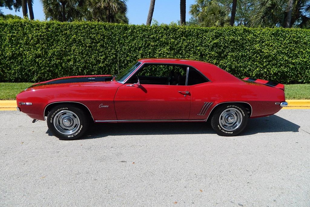 A beautifully restored 1969 Chevrolet Camaro Z/28 (Lot #413) is one of the feature cars of the South Florida Collection set to cross the block at Palm Beach.