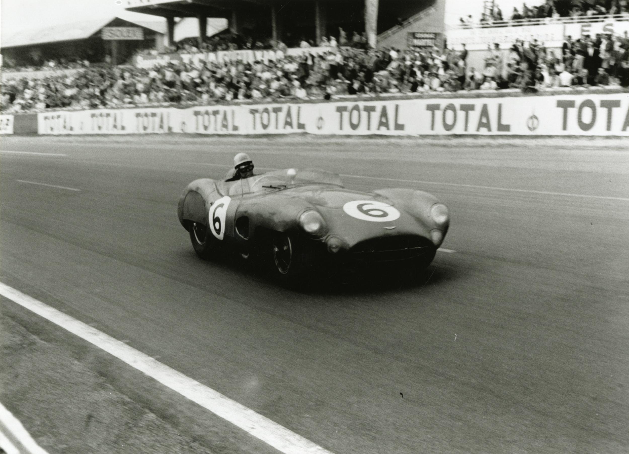 Aston_Martin_DBR1_at_1959_LeMans_Credit_AMHT