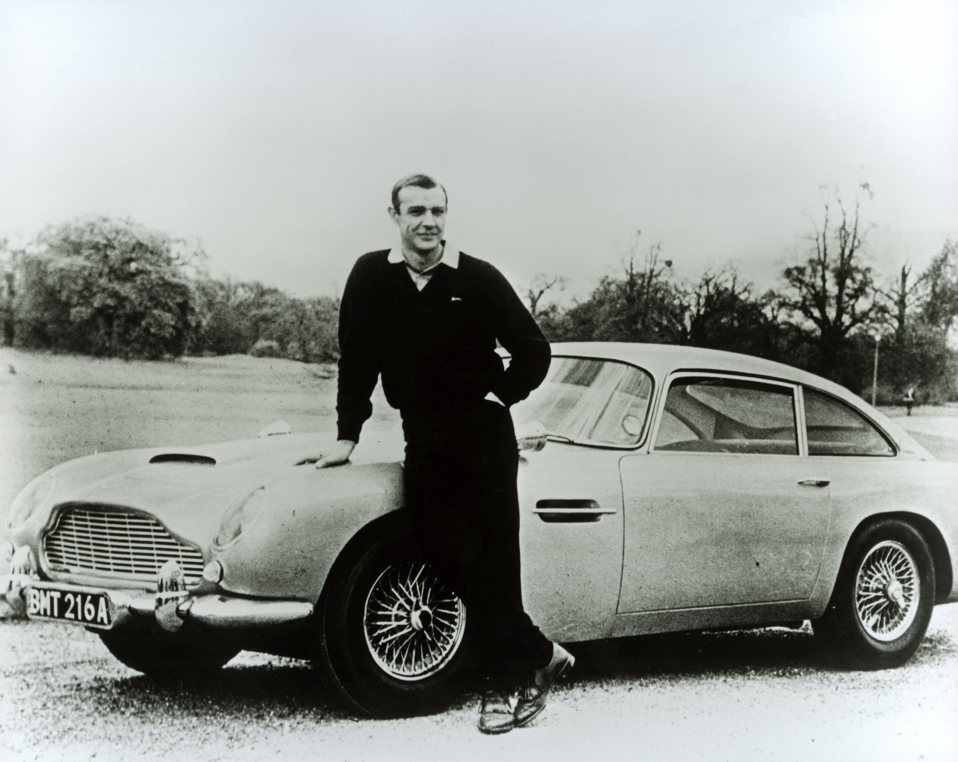 Sean_Connery_with_the_DB5_Credited_to_Aston_Martin