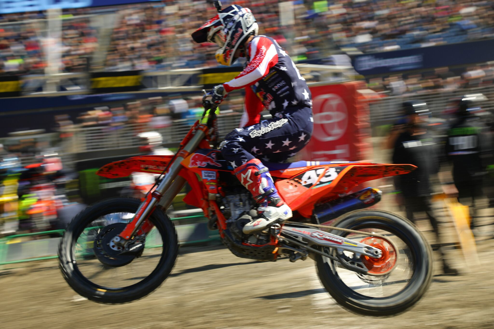 Cantrell fell into a groove last weekend and it carried over into the race in Foxborough