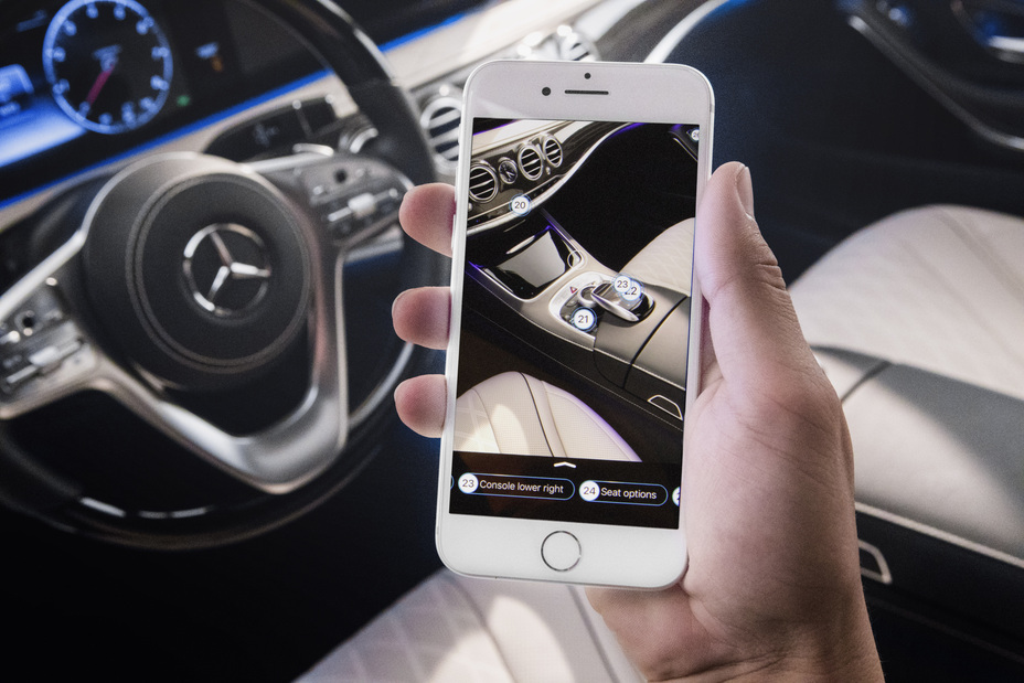 Mercedes-Benz - Enhancing the user experience through augmented reality