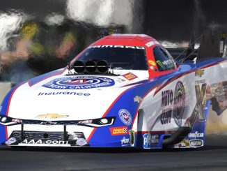NHRA Funny Car Robert Hight - action