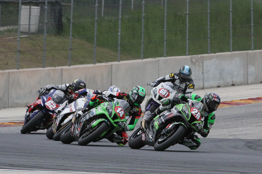 New Zealander Shane Richardson (28) beat Andrew Lee (14) to win the Stock 1000 final at Road America. | Photo by Brian J. Nelson