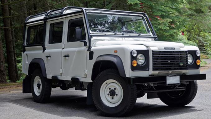 1984 Land Rover Defender 110 5-Speed (Lot S133) Mecum Portland