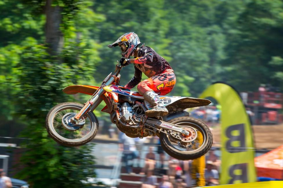 Southwick National - Marvin Musquin claimed victory (2-1) and stopped Eli Tomac's five race win streak