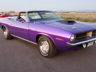Mecum Auctions - Denver - 1970 Plymouth Barracuda Convertible 528-650 HP Automatic (Lot S112)