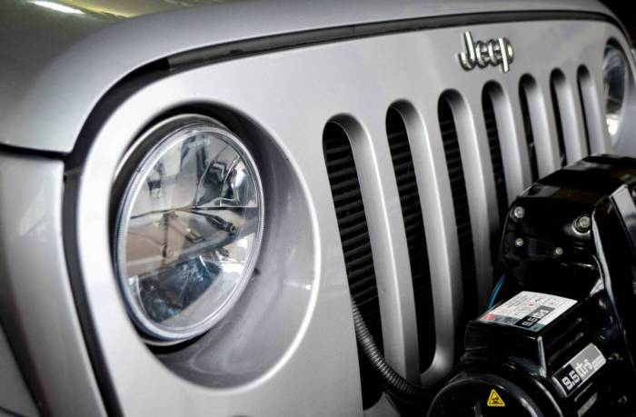 "Sam's 4x4 New Universal Fit 7"" LED Headlight Kit"