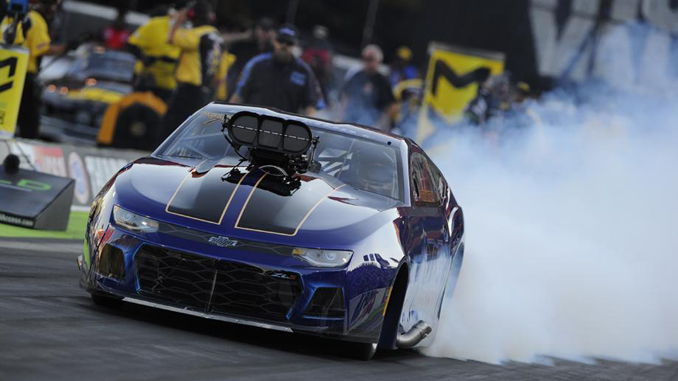 Steven Whiteley leads Pro Mod qualifying at Fitzgerald USA NHRA Thunder Valley Nationals