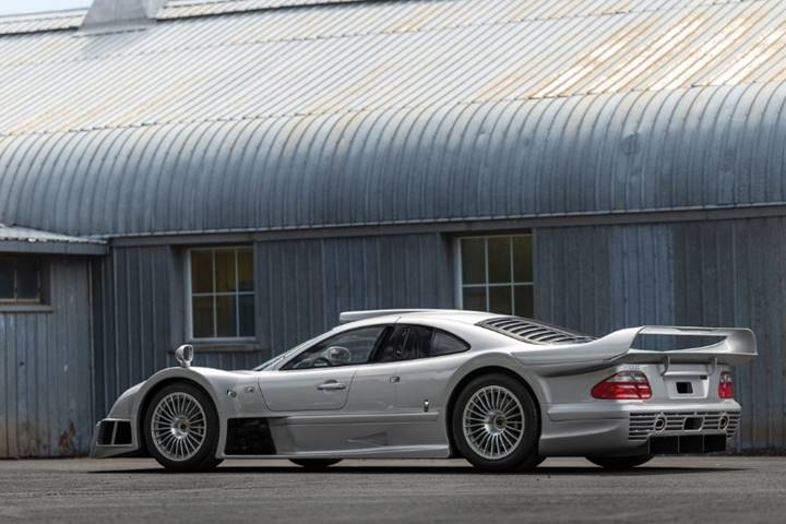 Race bred rarity rm sotheby 39 s offers mercedes benz amg for Mercedes benz of usa