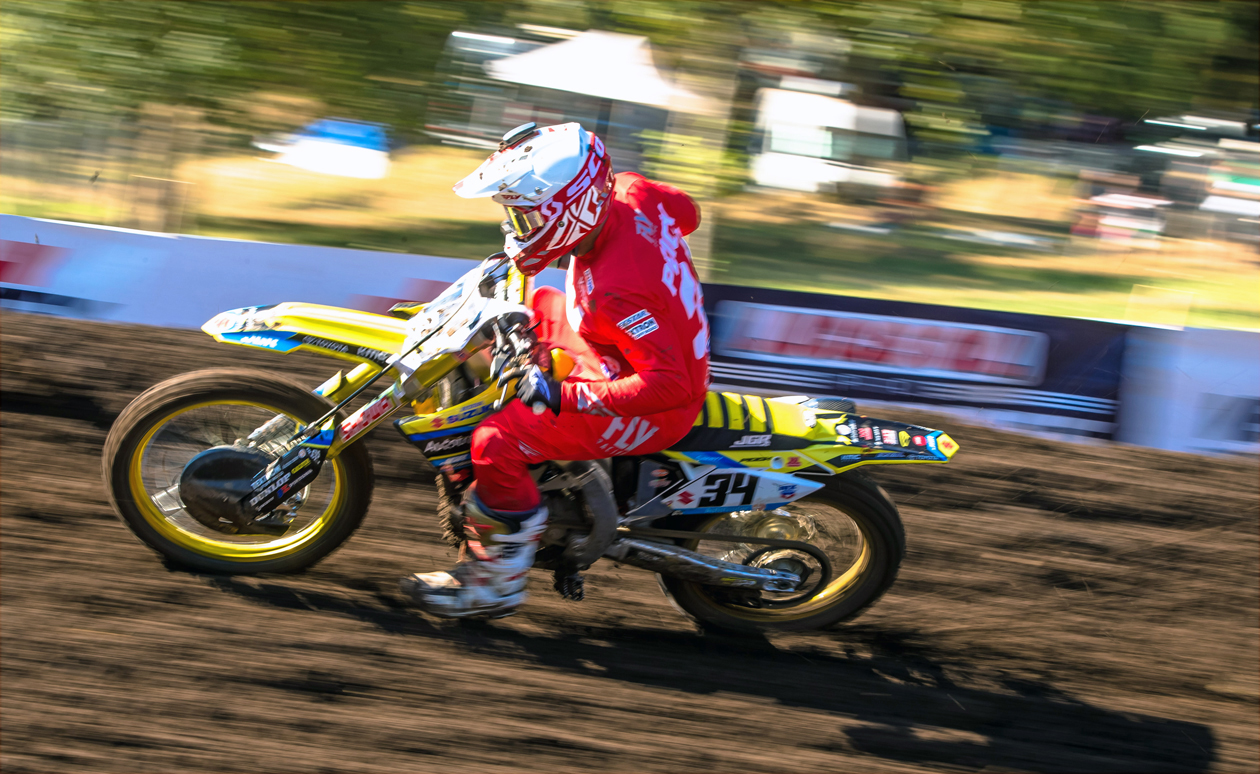Racing with just one good hand is not enough to keep Weston Peick (34) out of the top-ten each weekend - Washougl - JGRMX