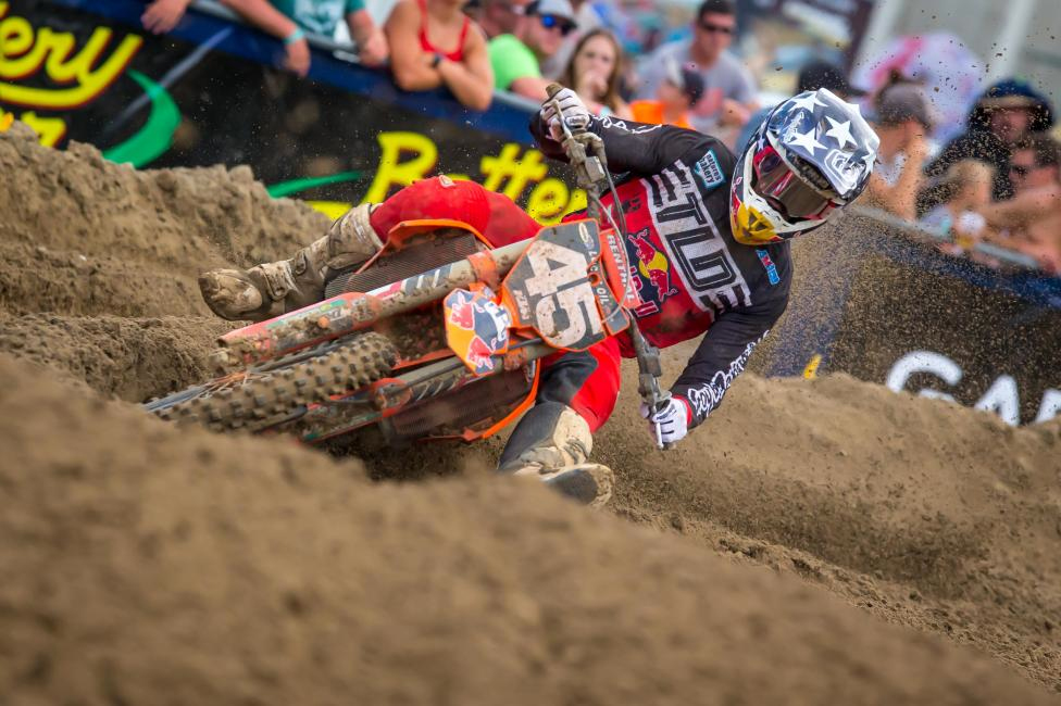 Spring Creek - Jordon Smith used a third in Moto 1 to finish fourth overall on the day (3-7)