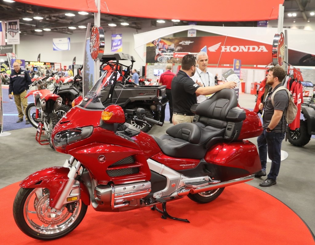 AIMExpo - Honda exhibit