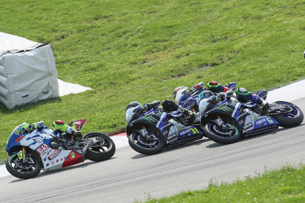 Toni Eias leads a trio of Yamahas led by Garrett Gerloff over Cameron Beaubier and Josh Herrin in tight formation