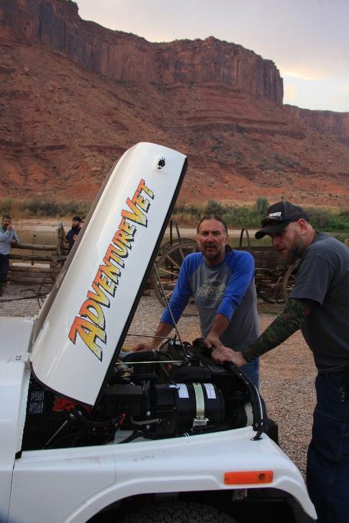 Mahindra - ROXOR Adventure Vet Moab