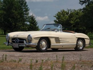 1957 Mercedes-Benz 300 SL Roadster set for RM Auctions Auburn Fall (Darin Schnabel © 2018 Courtesy of RM Auctions)