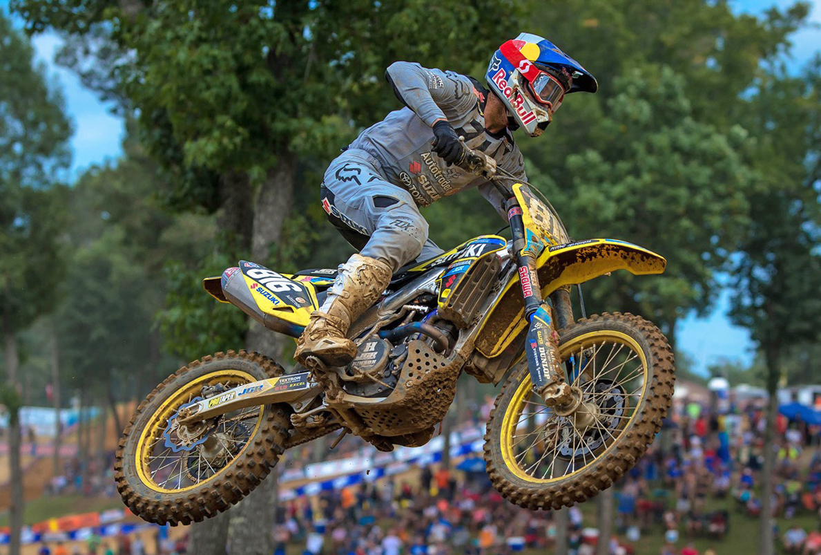 Enzo Lopes (816) continues to gain speed on his RM-Z250 - Suzuki Factory Racing
