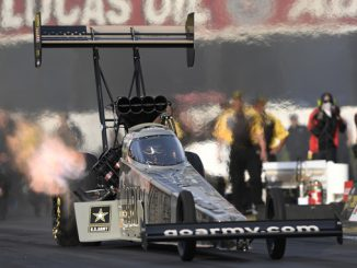 AAA Texas NHRA Fallnationals - Top Fuel - Tony Schumacher - action