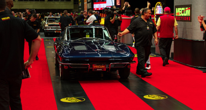 Mecum Dallas - 1963 Chevrolet Corvette Z06 Bloomington Gold, Top Flight (Lot S123)