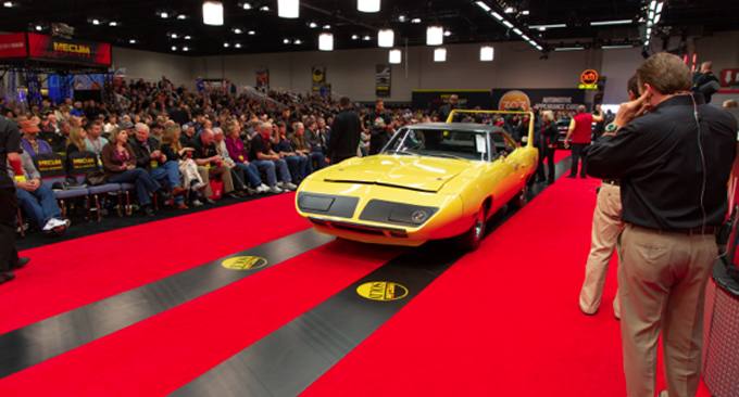 Mecum Chicago - 1970 Plymouth Hemi Superbird 1 of 135 Produced (Lot S122)