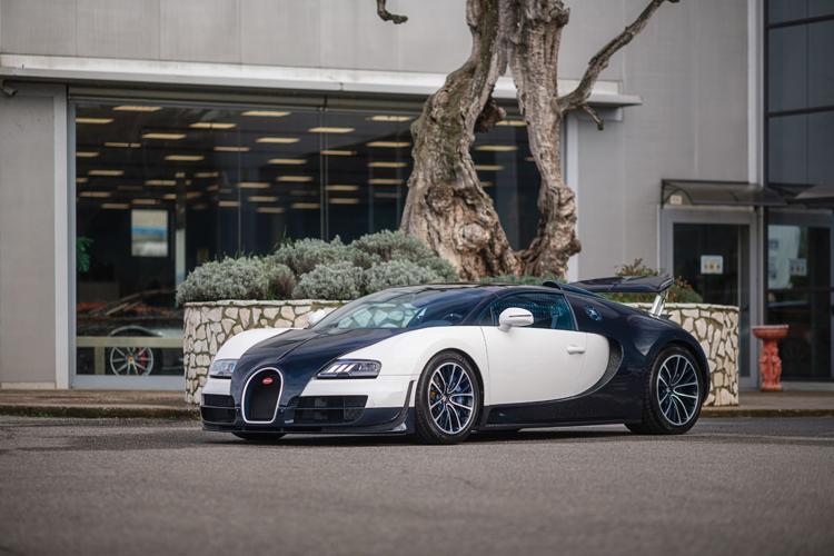 RM Sotheby's Paris - Bugatti Veryron - photos courtesy of RM Sotheby's