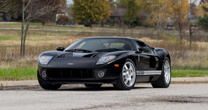 Mecum Kansas City - 2005 Ford GT Supercharged 5.4L-550 HP 6-Speed (Lot S120.1)