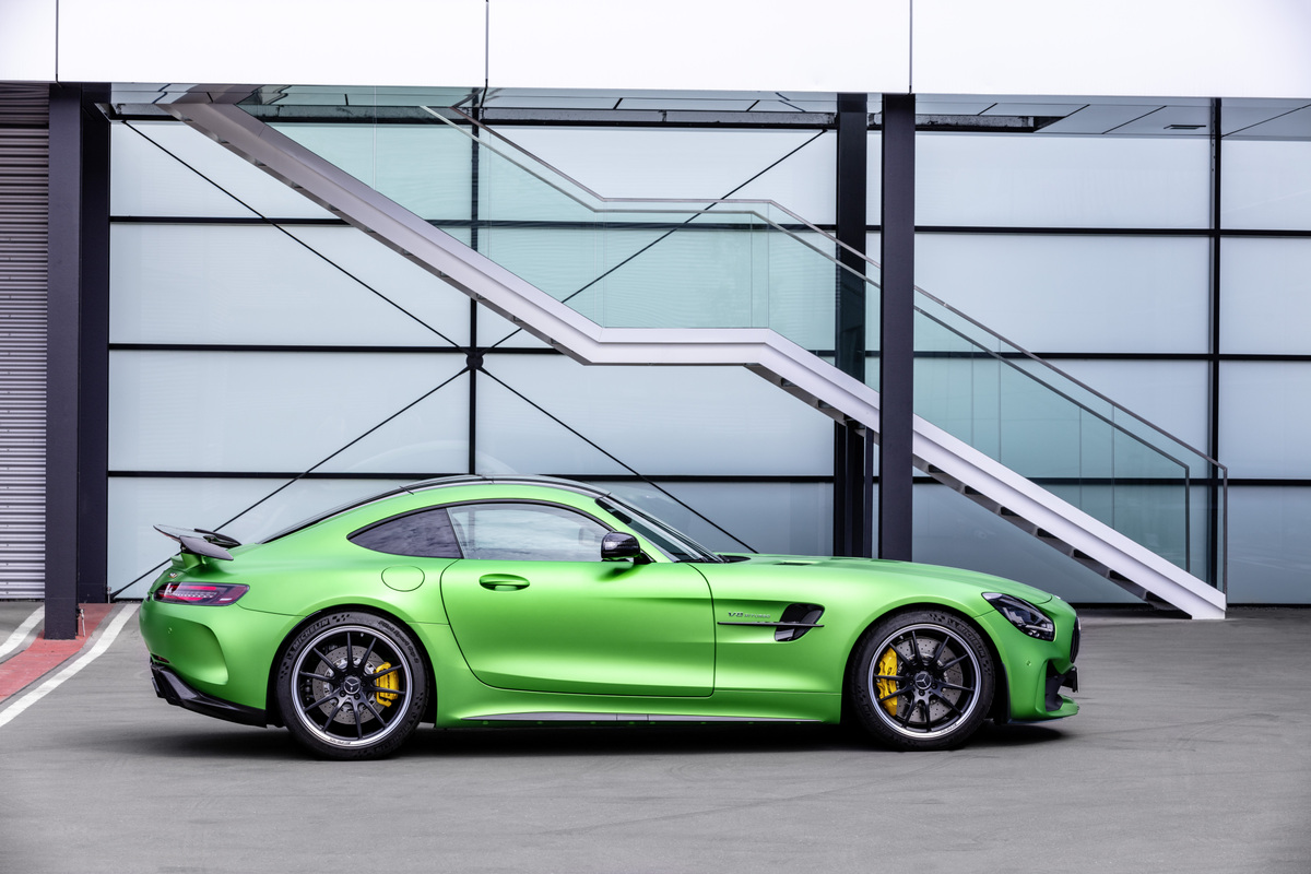 Mercedes-AMG GT and AMG GT R PRO