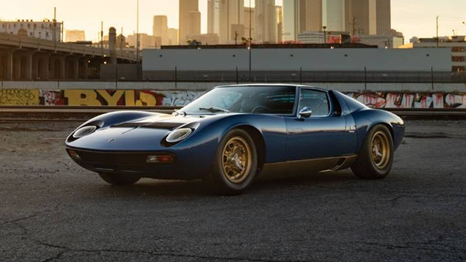 Petersen Automotive Museum Auction - 1971 Lamborghini Miura P400 SV (Karissa Hosek © 2018 Courtesy of RM Sotheby's
