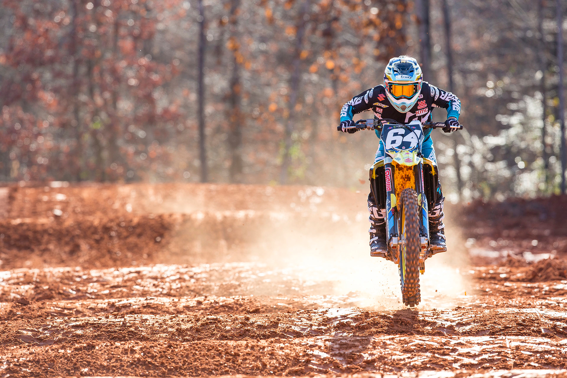 Armed with Suzuki's new RM-Z250 Jimmy Decotis is back with the JGRMX