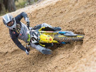 Chad Reed (#22) Suzuki RM-Z450 - Supercross - JGRMX-Yoshimura-Suzuki Factory Racing