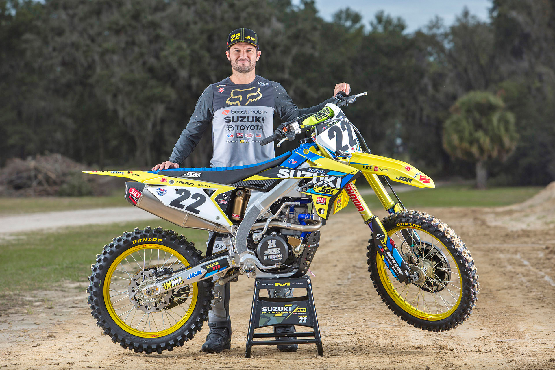 Fan favorite Chad Reed (#22) continues with the JGRMX team for the 2019 Supercross season