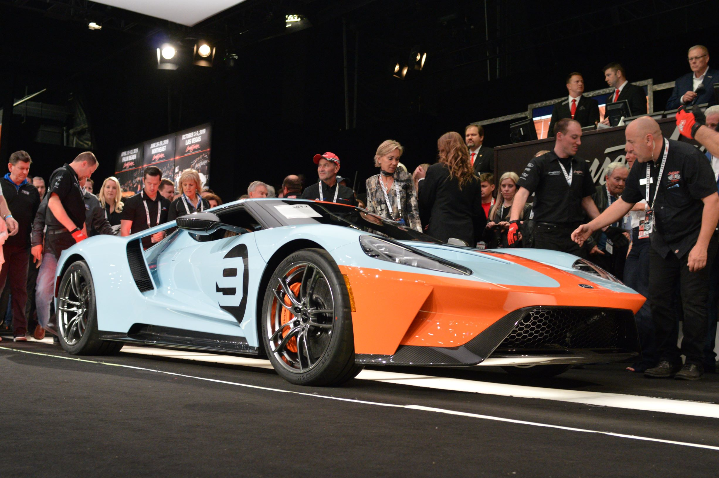 Barrett Jackson Raises A Record 9 6 Million For Charity