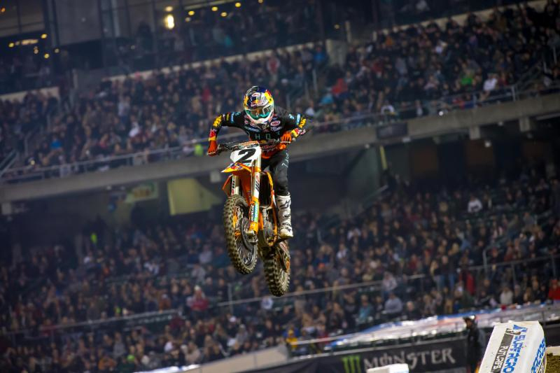 Monster Energy Supercross - Cooper Webb wins back to back weeks in the 450SX Class and claims the red plate from Ken Roczen