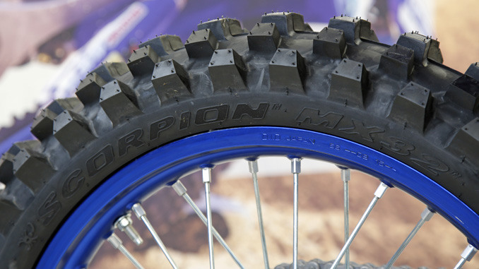 Pirelli Kicks Off 2019 Monster Energy Supercross Season - Pirelli MX32
