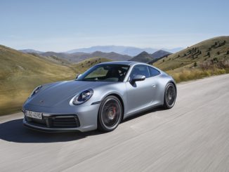Porsche 911 sales grew to 9,647 cars in 2018.