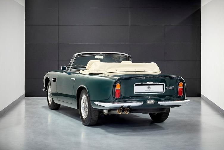 Aston Martin DB6 Mk2 Volante