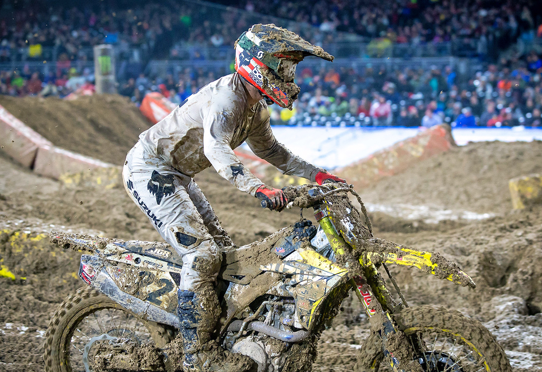 Chad Reed (#22) demonstrated his extraordinary riding skills by delivering a 5th place finish in the sloppy 450 main - San Diego Supercross