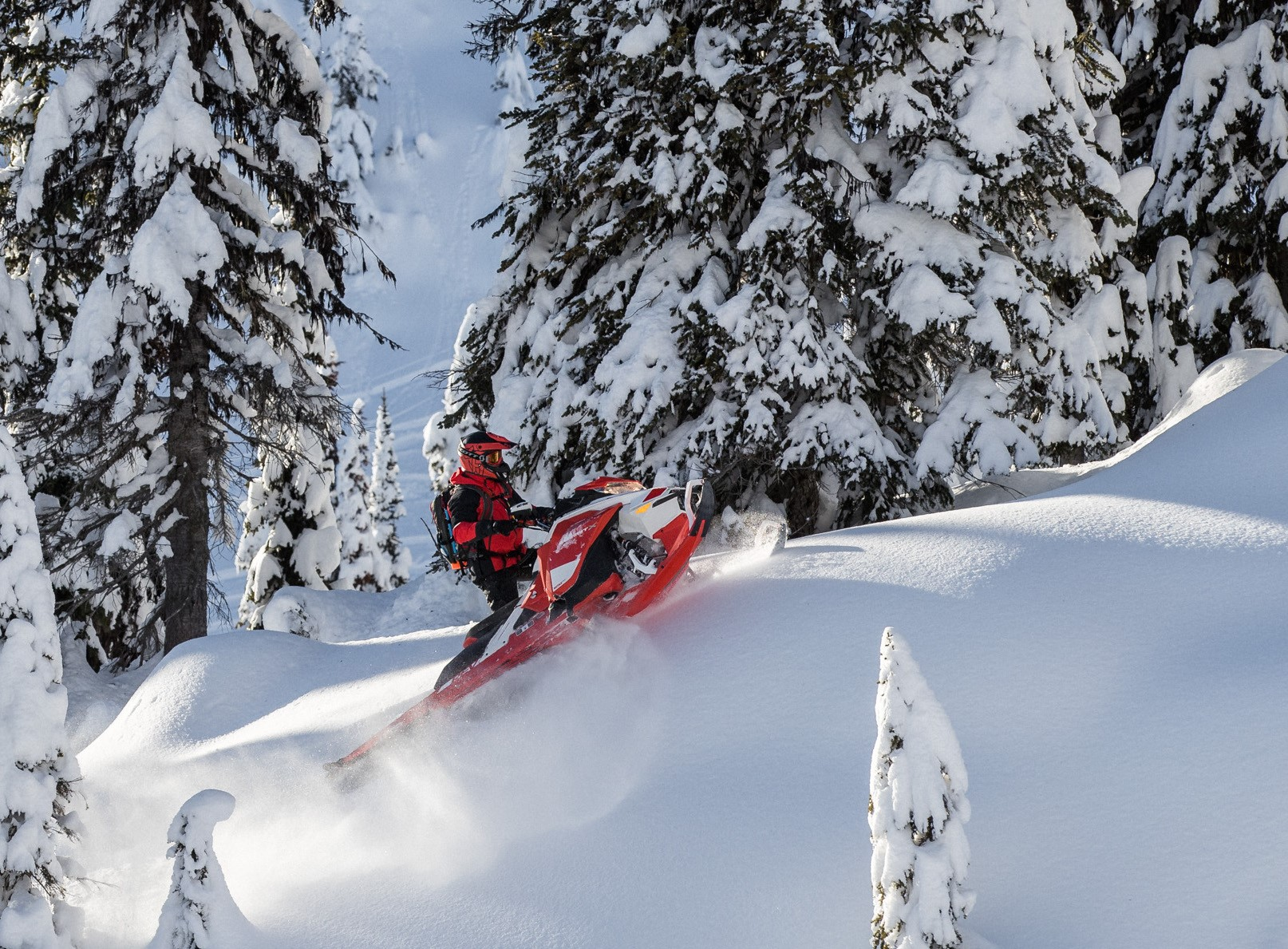 Ski-Doo - The Summit X gets an Expert package to push riding boundaries. © BRP 2019