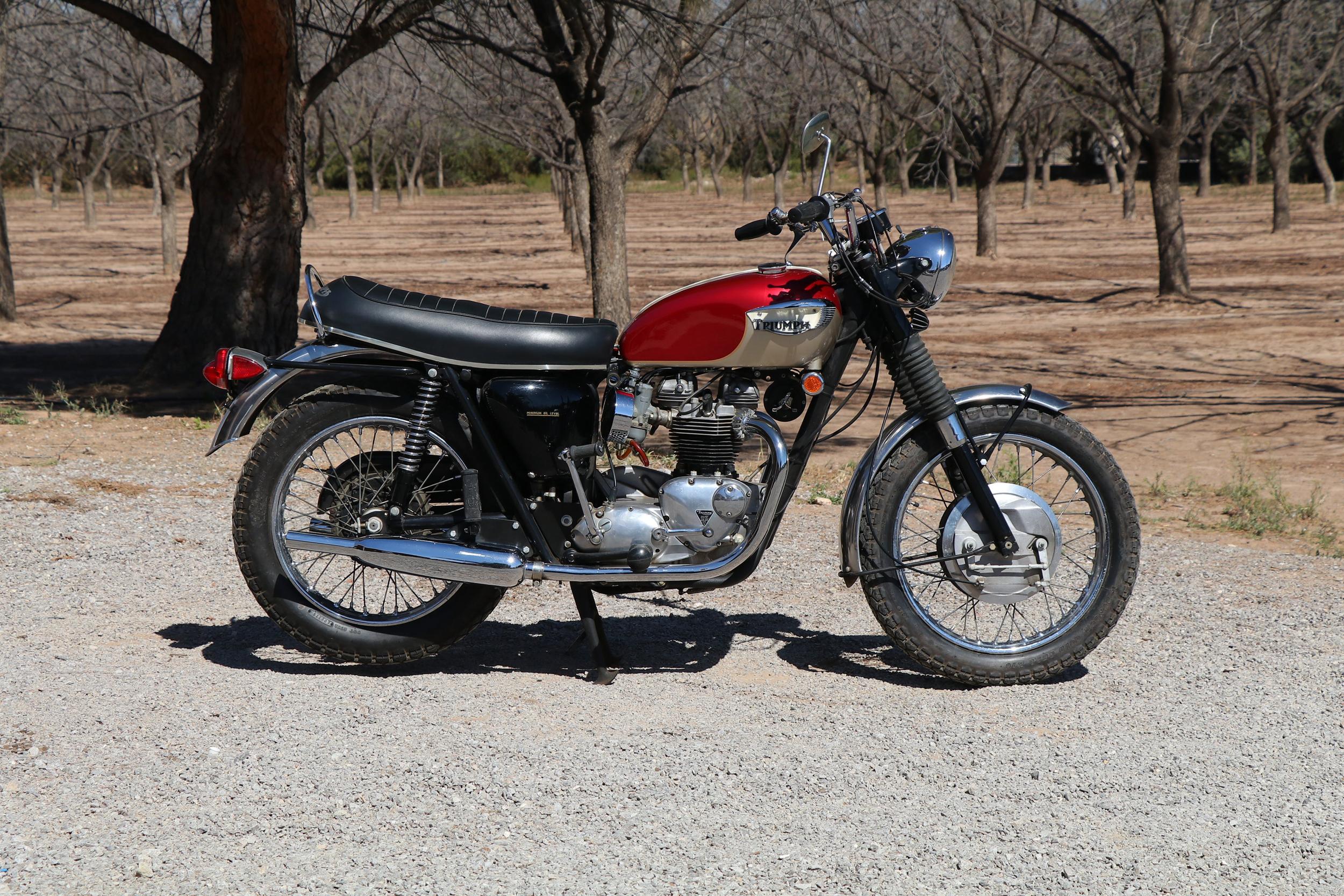 1968 Triumph Bonneville 650cc 4-Speed (Lot T266) - Mecum Auctions Houston