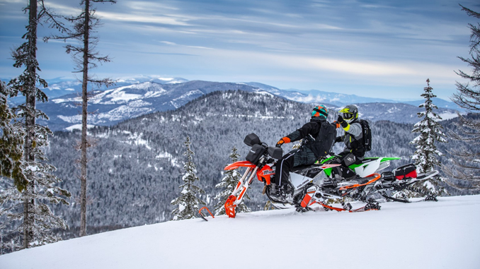 2020 Timbersled group riding