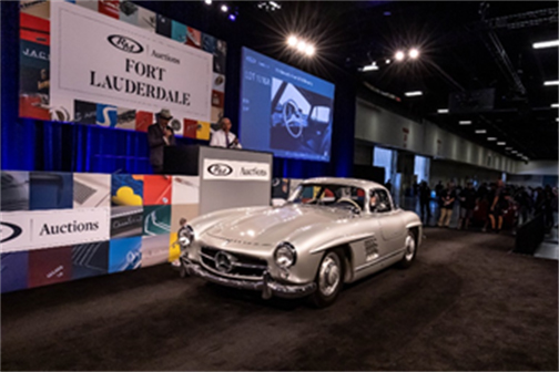 Celebrity-owned 1955 Mercedes-Benz 300 SL Gullwing (Andrew Miterko © 2019 Courtesy of RM Auctions) Fort Lauderdale