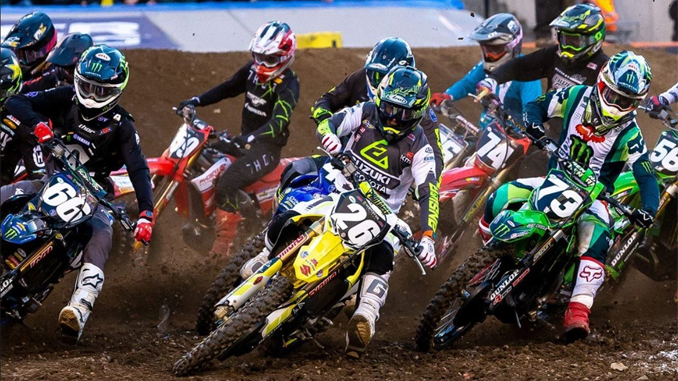 Alex Martin (#26) took the main event holeshot on his RM-Z250