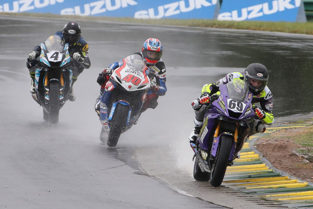 Hayden Gillim (69) won the wet Supersport race on Sunday at VIR, topping Josh Hayes (4) and Sean Dylan Kelly (40