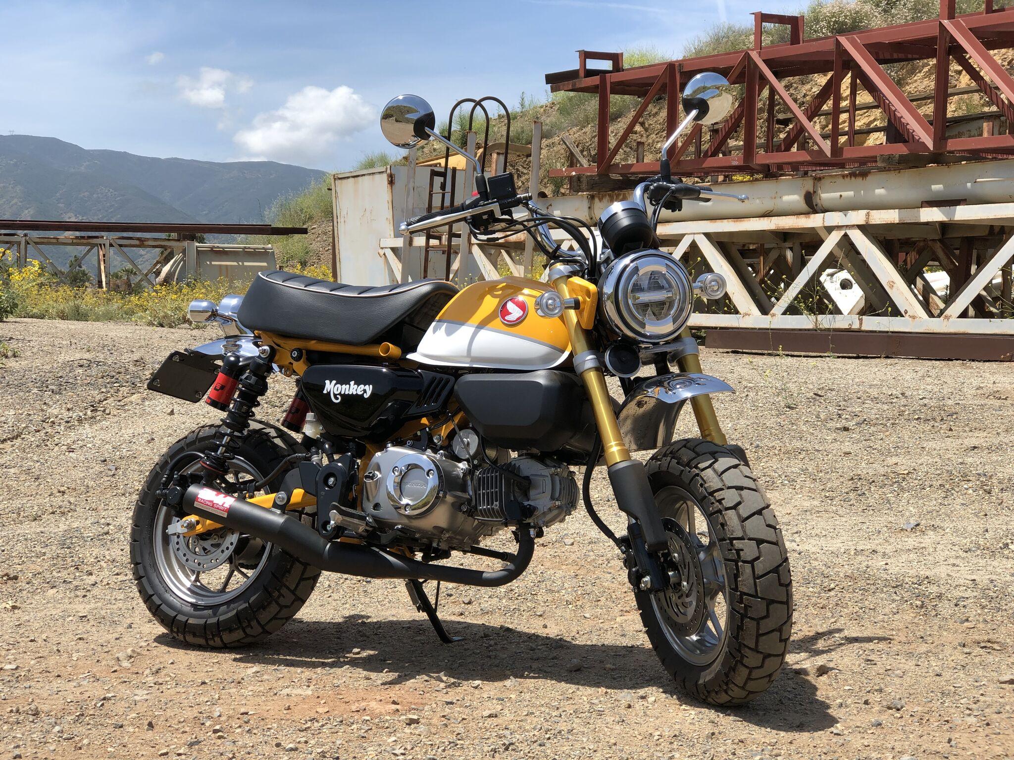 Yoshimura Introduces Honda Monkey Straight Cyclone System