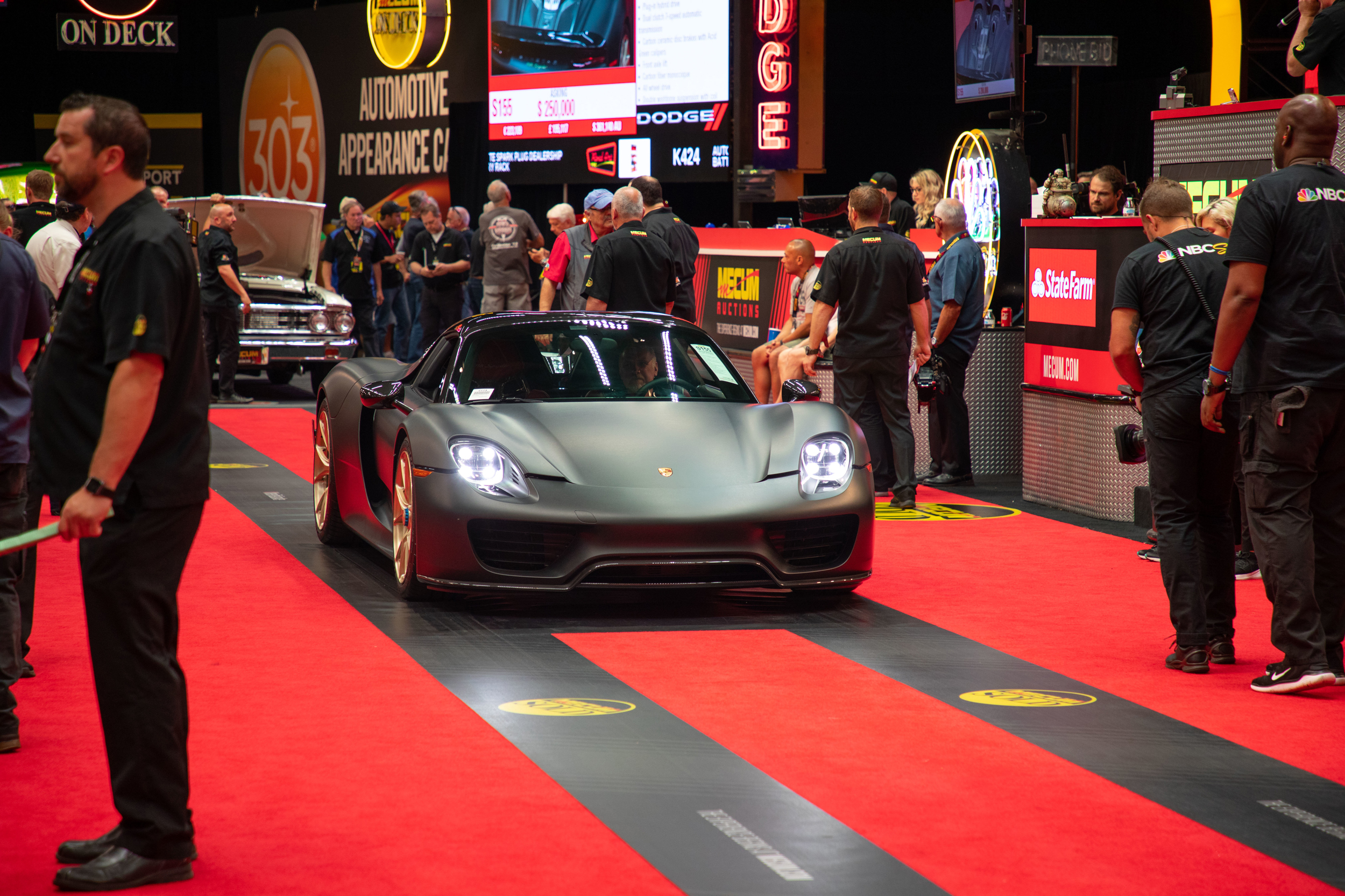 2015 Porsche 918 Spyder Weissach (Lot S155) Sells at $1,980,000 - Mecum Indy