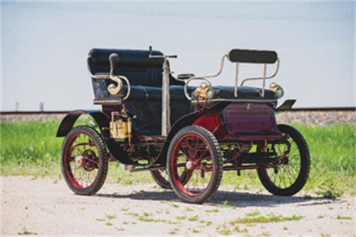 1900 De Dion-Bouton Series E Vis- à-Vis - Merrick Auto Museum Collection (Darin Schnabel © 2019 Courtesy of RM Auctions)