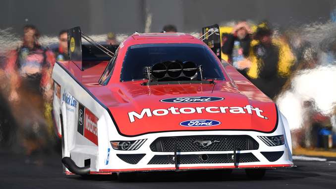 Funny Car - Bob Tasca - Virginia NHRA Nationals action